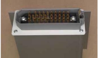 Tappo chiusura con connettore lamellare (serie TC030) Aluminium panel with lamellar connector (TC020)