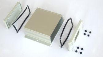 Contenitore in alluminio per l'elettronica